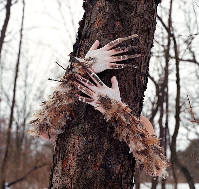 meryl-hands