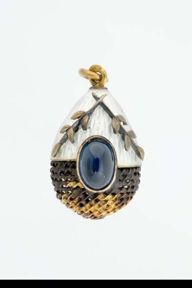 miniature easter egg pendant1